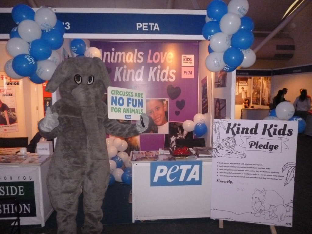 IKFW elle mascot stall pic