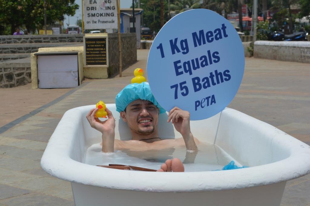 bath tub earth day demo 2015 (1)