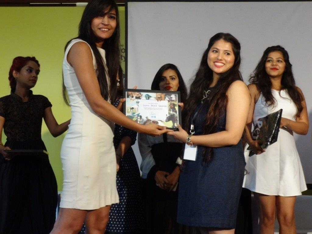 FAD Students being awarded by Benazir Suraiya (PETA India)