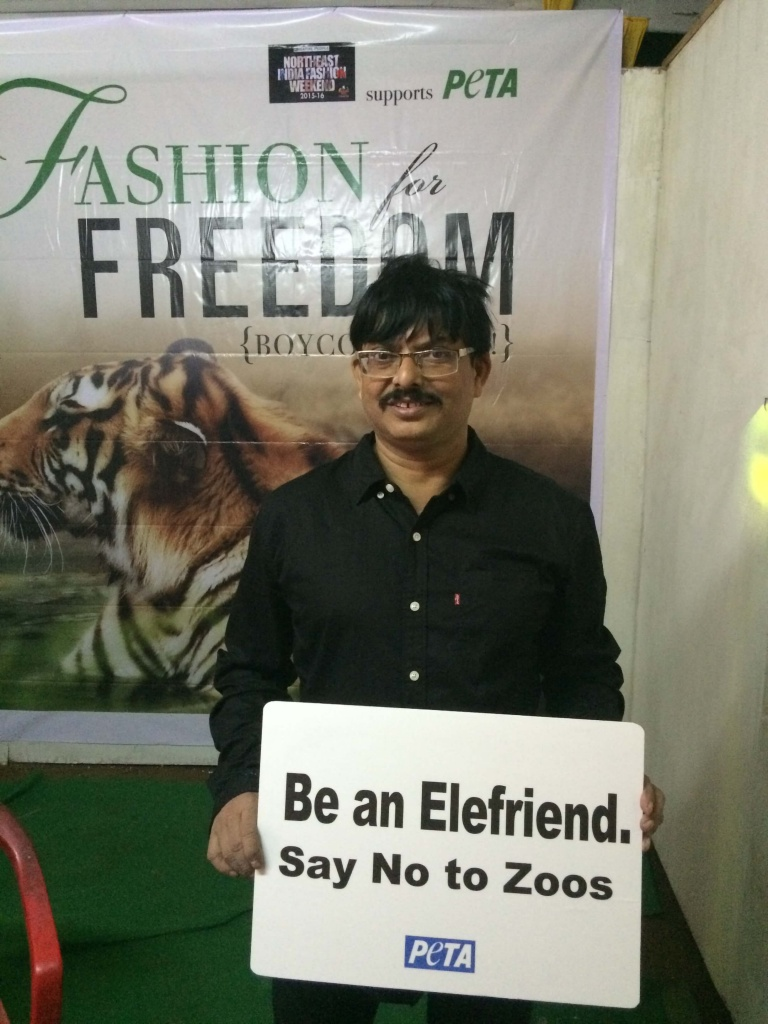 Designer Amalin Datta also stops by the stall for a quick pic.