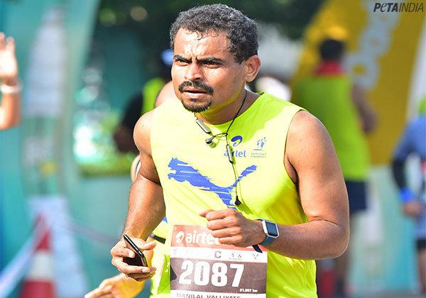PETA India Staffer Is a 'Game Changer' at Airtel Delhi Half Marathon